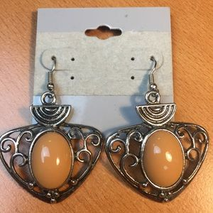 Jewelry - New Tan And Silver Earrings